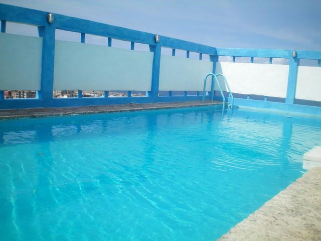 Appartamenti havana 3 villa con piscina affitto vedado havana - Appartamenti con piscina ...