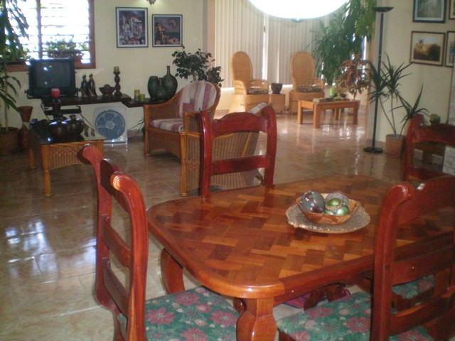 15- LUXURY INDEPENDENT APARTMENT TO RENT IN HAVANA
